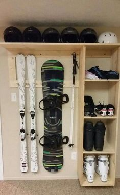 and Snowboard Storage This will be in my house when I grow up! Ski and Snowboard Storage This will be in my house when I grow up! Snowboarden Ski and Snowboard Storage This will be in my house when I grow up! Organisation Hacks, Garage Organization Tips, Garage Storage Solutions, Storage Hacks, Storage Room, Diy Storage, Storage Ideas, Clothes Storage, Outdoor Storage