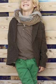 Zara Kids Love this young boy fashion style. The scarf, green jeans, jacket, & layers; Cute Outfits For Kids, Cute Kids, Boy Outfits, Zara Kids, Little Boy Fashion, Kids Fashion, Zara Official Website, Stylish Boys, Little Fashionista