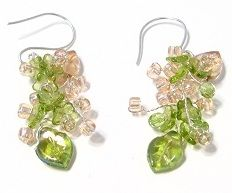 22 Cluster Bead Earring projects, including - Peachy Green Flower Earrings