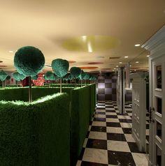 theme restaurant in Tokyo