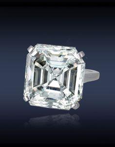Jacob & Co. Square Diamond Ring, GIA Certified 21.51cts Square Emerald Cut Diamond Set in Platinum.
