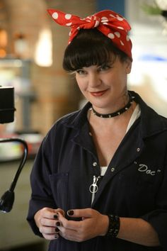 "(Fc:Pauley Perrette) /adopted/ ""Hello. Im Abby and Im looking to adopt. I love children and animals. Im weird but friendly. Im single but looking"""