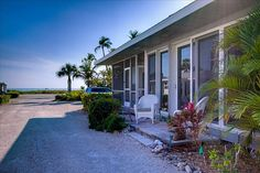 Sanibel Cottage vacation rental in White Caps Cottages from VRBO.com! #vacation #rental #travel #vrbo
