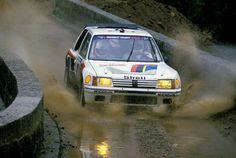 Peugeot 205 T16 rally car - Group B