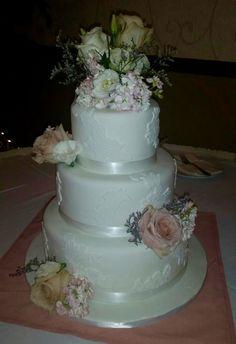 Calumet Bakery White Floral Lace Wedding Cake