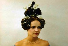 Biedermier hair, One of the most ridiculous fashions in European History (hair AND clothes) in my opinion. Old Hairstyles, Curled Hairstyles, Historical Hairstyles, Fantasy Hair, Hair Reference, Color Powder, Hair Art, Hair Today, Hair Designs