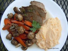 Gourmet Girl Cooks: Slow Cooker Pot Roast, Cheddar Cauliflower Mash...and Chocolate Chip Cookies w/ Toasted Walnuts & Ricotta