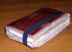 Indiana Jones hero grail diary prop DIY on by reinojacheguei Indiana Jones Books, Roterfaden, Indiana Jones Adventure, Beautiful Notebooks, Decorate Notebook, Pocket Notebook, Book Pages, Moleskine, Book Art