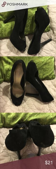 """Nine West Sz 9.5 black suede peep toe 4"""" heel Very comfortable . In good condition. Small scrape on one of heels. These have a 1"""" platform with 4"""" patent leather heel. Suede upper. Sz 9.5M Nine West Shoes Heels"""