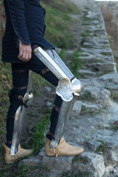 """Medieval Armor Legs """"A Knight of Fortune"""" Etched"""