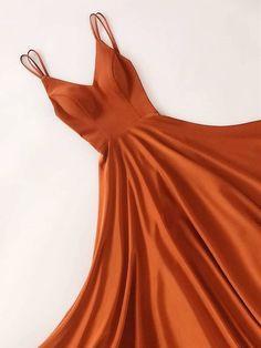 Bespoke V-neck floor-length long prom dresses, V-neck abs . - Bespoke V-neck floor-length long prom dresses, V-neck graduation dresses, evening dresses, long evening dresses - Elegant Dresses, Pretty Dresses, Beautiful Dresses, Awesome Dresses, Mode Outfits, Fashion Outfits, Dress Fashion, Rosa Satin, Homecoming Dresses