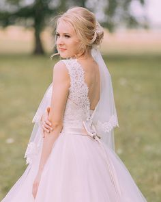 The Joyce Model of the Blooming Spring Collection made happy our bride @salon_mendelson #victoriasoprano #boutique #realbride #bride