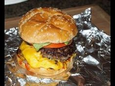 Watch closely as Greg from Ballistic BBQ walks you through this All-American classic Five Guys burger recipe that'll make your mouth water Guys Burgers Recipe, 5 Guys Burgers, Grilled Burger Recipes, Burgers And More, Burger And Fries, Good Burger, Sandwich Recipes, Bbq Burger, Burger Bun
