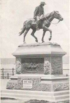 Dick King Memorial, Durban. ca. 1920 African States, Kwazulu Natal, Historical Society, Lions, South Africa, Birth, Cities, Lion Sculpture, Statue