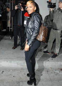 Meagan Good greeted fans as she arrived for dinner at Catch LA in West Hollywood. The actress showed off her figure in a black moto jacket over a Meagan Good Short Hair, Cool Short Hairstyles, Beautiful Hairstyles, Megan Good, Style Me, Cool Style, Cool Outfits, Casual Outfits, Nia Long