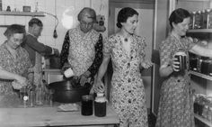 Ladies of the Womens Institute (WI) making jam circa 1940