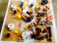 CHURROS Jugo de naranja. Chocolate caliente. Curros bañadas en chocolate blanco, negro, glaseados, con granas, azúcar de colores, rellenos de dulce de leche