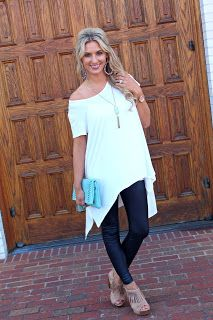 The Gaudy Mom: Tunic and Leather leggings