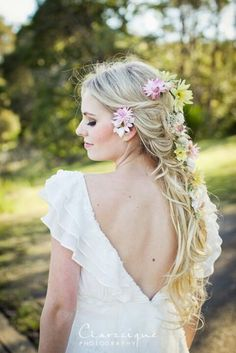Hairstyle 3: This would look nice on bridesmaids or bride!