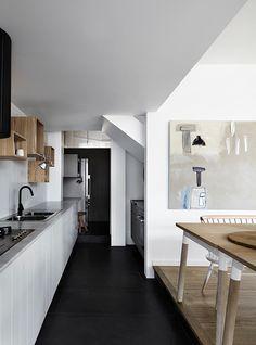 """Must have køkken """"bogkasser"""" Bungalow5_WhitingArchitects10"""