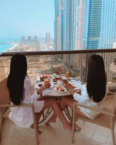 Boujee Lifestyle, Luxury Lifestyle Women, Best Friend Pictures, Friend Photos, Foto Glamour, Fille Gangsta, Shotting Photo, Best Friends Aesthetic, Applis Photo
