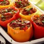 Simple paleo recipe for a saucy beef or turkey mixture stuffed and baked inside fresh bell peppers. Paleo Cauliflower Rice, Healthy Ground Beef, Macedonian Food, Paleo Chili, Fire Roasted Tomatoes, Paleo Recipes Easy, Paleo Dinner, Chorizo, Fried Chicken