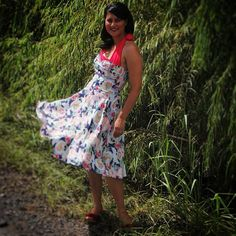 Lisa twirls in the Trixie Dress in an older print, Pearl Harbor! There are several colors available in the Trixie style! #trashydivatrixiedress #trashydivapearlharborprint