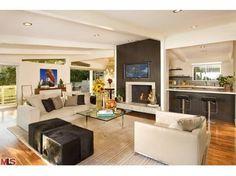 Jeff Lewis living room....chimney color