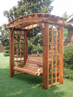 Crescent city ramblings garden pergola swing the for Japanese garden trellis designs