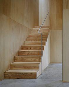 Casa 'na' by Studio Architect Shuji Hisada