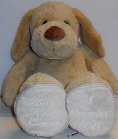 Knuffel WOEF voor Lexi http://www.borduurkoning.nl/shop/baby_artikelen/knuffel