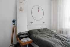 Трёхкомнатная студия сведром вместо раковины вванной Interior Design, Furniture, Bedrooms, Home Decor, Nest Design, Decoration Home, Home Interior Design, Room Decor, Interior Designing