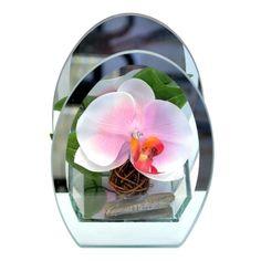 Dekoratív lámpa műanyag orchídea virággal tükőr keretben.        LED dióda és az elem a csomagolás része.        Csak