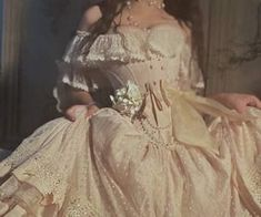 Classy Aesthetic, Aesthetic Clothes, Aesthetic Vintage, Pretty Dresses, Beautiful Dresses, Beautiful Eyes, Elegant Dresses, Formal Dresses, Fairytale Dress