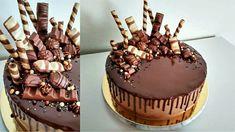 chocolate cake with kinder chocolate Birthday Cake Alternatives, Chocolate Cake, Cupcakes, Desserts, Food, Cake Chocolate, Cake Ideas, Chicolate Cake, Tailgate Desserts