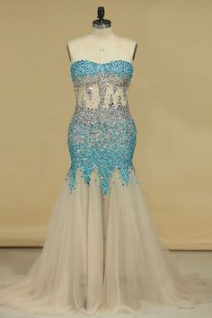 Prom Dress Beautiful, 2019 Sweetheart Prom Dresses Mermaid With Beading Tulle, Discover your dream prom dress. Our collection features affordable prom dresses, chiffon prom gowns, sexy formal gowns and more. Find your 2020 prom dress Princess Prom Dresses, Junior Bridesmaid Dresses, Mermaid Prom Dresses, Girls Dresses, Flower Girl Dresses, Affordable Prom Dresses, High Low Prom Dresses, Strapless Dress Formal, Formal Gowns