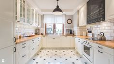 New Kitchen Tile Floor Ideas Modern Kitchen Cabinets, Modern Kitchen Design, Kitchen Flooring, Kitchen Furniture, Kitchen Interior, New Kitchen, Kitchen Decor, Kitchen Tiles, Luxury Flooring