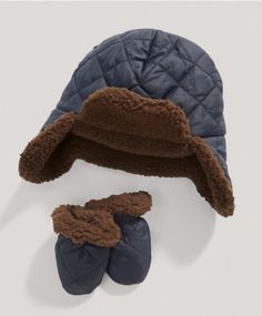 Boys Trapper Hat and Mitts Set
