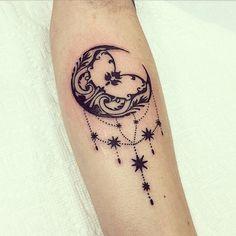 Like the Stars love The moon Cresent Moon Tattoo, Moon Star Tattoo, Mini Tattoos, Body Art Tattoos, Mehndi Tattoo, Pinguin Tattoo, Sara Fabel, Lower Leg Tattoos, Tattoo Mond