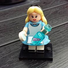 Alice #legomini #minifigures #disney #lego #aliceinwonderland by comicsandunicorns