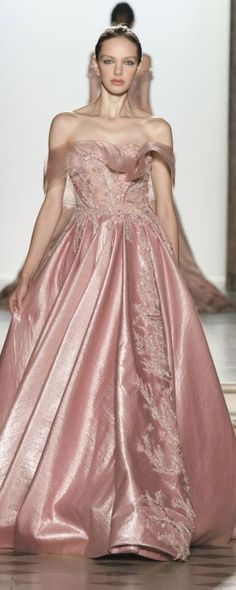 Tony Ward Spring/Summer 2018 Couture