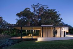Wirra Willa Pavilion Retreat in Somersby, NSW by Matthew Woodward Architecture | Yellowtrace