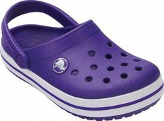 Fashion Shoes For Toddlers Shoe Stores Near Me, Kids Shoe Stores, Crocs Crocband, Crocs Shoes, Sneakers Fashion, Fashion Shoes, Boy Fashion, Discount Kids Clothes Online, Kids Clothing Rack
