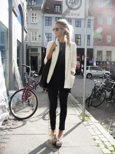 Black 'n' white (by Stephanie Gundelach) http://lookbook.nu/look/246911-black-n-white