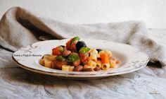 La Pasta e Fagioli Asciutta è una ricetta molto saporita e semplice, che bene si presta ad essere inserita nel menù di tutti i giorni.