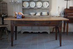 Antieke tafel blond lindenhout