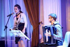 """Alicja Wołyńczyk jest również stypendystką Ministra Kultury i Dziedzictwa Narodowego. Reprezentowała Polskę w """"European Saxophone Ensemble"""", nosząc honorowy tytuł """"Ambasadora kulturalnego Unii Europejskiej""""."""