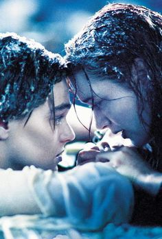 Leonardo DiCaprio and Kate Winslet as Jack & Rose in Titanic Titanic Le Film, Rms Titanic, Jack Dawson, Movies And Series, James Cameron, Romantic Movies, Jolie Photo, Kate Winslet
