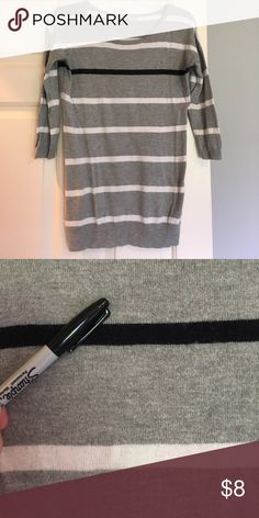 """GAP Long 3/4 sleeve sweater Good condition, no holes or major wear. Some pilling, mostly under arms. One black stripe across top of chest. 18.5"""" approx across chest, and 26"""" long--fits easier/bigger than most xs sizes. GAP Sweaters Crew & Scoop Necks"""