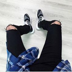 NEW Ripped biker jeans for men skinny destroyed Washed Black designer hip hop swag rock Denim kanye west hole pants plus size